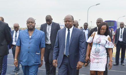 Alain Claude Billie By Nze visite le stade de l'amitié Sino-gabonaise