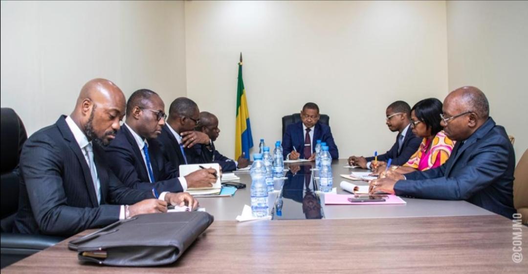 Économie: Effondrement du cours du Brent, Jean Marie Ogandaga convoque une réunion d'urgence