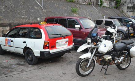 Gabon: victimes de racket et de tracasseries policières, les chauffeurs de taxis en grève Lundi
