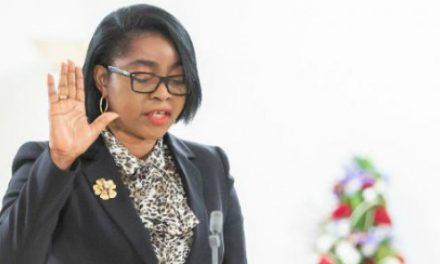 Gabon: Rose Christiane Ossouka Raponda prochain président du Sénat ?