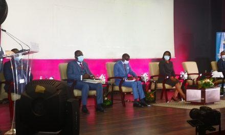 Alerte: le ministre de l'intérieur  annonce le reconfinement du grand Libreville et le couvre feu passe de 20h à 18h
