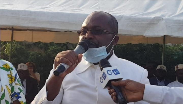 Gabon: NoëlMboumbaet laNyangasoutiennentBongo