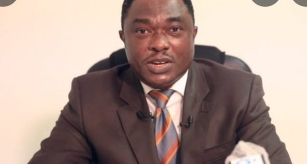 Gabon: ANDRÉ PATRICK RAPONAT REMPILE: EXEMPLE A SUIVRE !