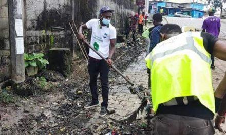 Opération Liberez les trottoirs : l'Ong le Réel en soutien à la mairie de Libreville